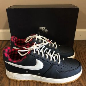 Nike Air Force 1 '07 LV8 Mens Size 11.5 New